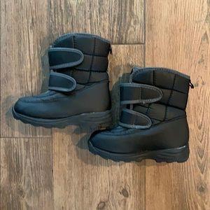 Circo snow boots